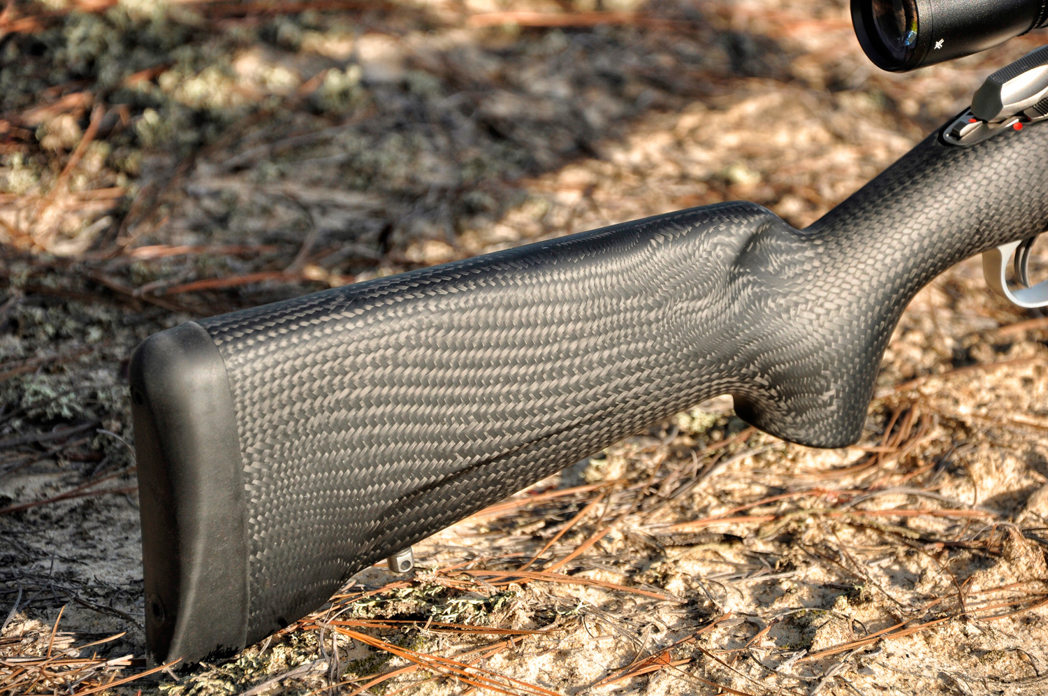 Sako 85 Carbonlight: Shave Weight Without Sacrificing